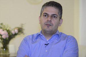 آنچه گذشت-چشم اندازی از جامعه بهائی ایران و جهان در آینده